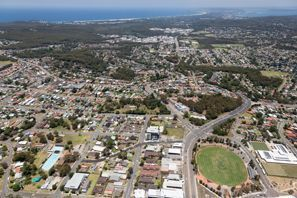 Leie bil Charlestown, Australia