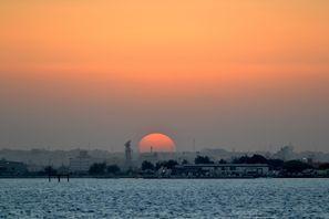 Leie bil Sitra, Bahrain