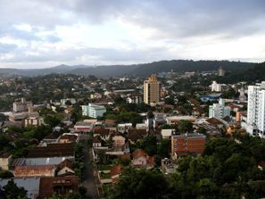 Leie bil Novo Hamburgo, Brazil