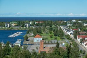 Leie bil Brahestad, Finland