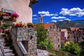 Leie bil Corte, Frankrike - Korsika