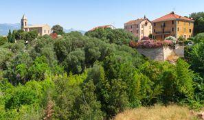 Leie bil Figari, Frankrike - Korsika