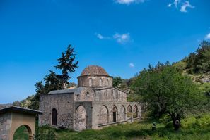 Leie bil Esentepe, Nord-Kypros